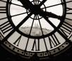Ein Blick auf Montmartre durch die Uhr des Musée d'Orsay