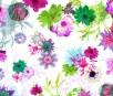 Florale Mustertapete mit Blüten und Blättern in Trendfarben